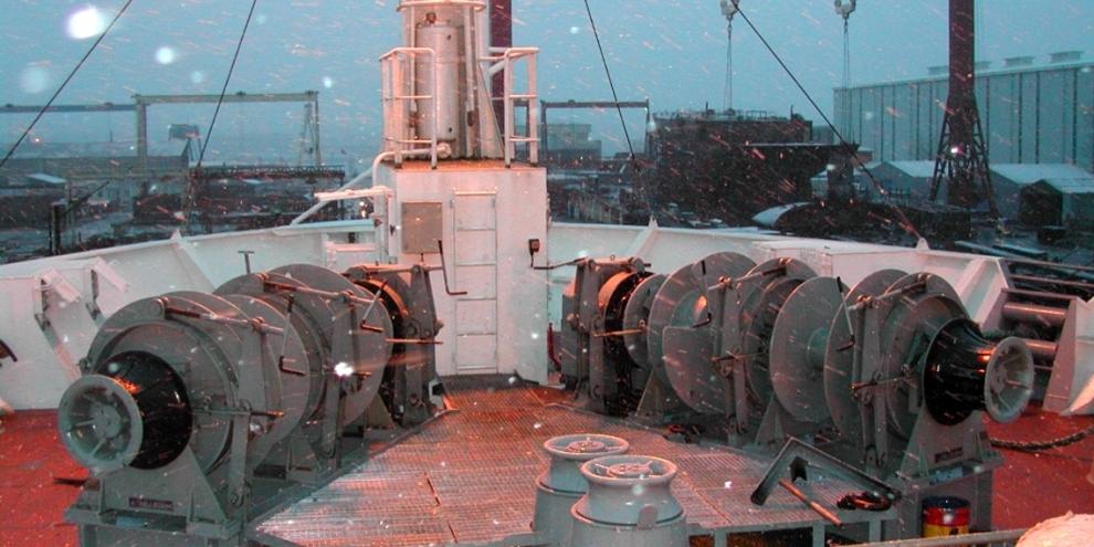 deck-machinery_2